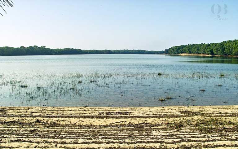 Di chỉ khảo cổ học Hồ Bàu Tró tại Quảng Bình