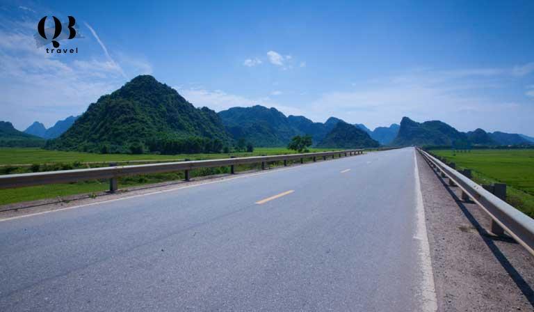 Đường Hồ Chí Minh đi đến Động Phong Nha Quảng Bình