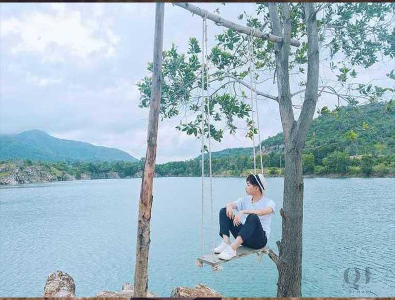 Hồ Bàu Tró là một địa điểm check-in tuyệt vời