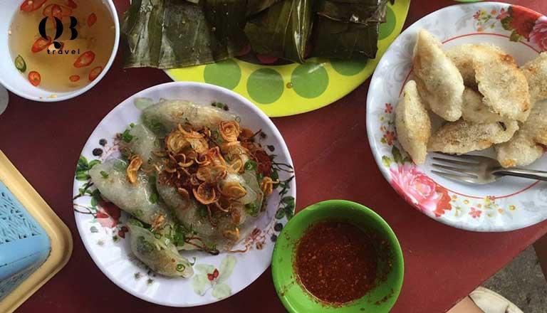 Hương vị đặc trưng của các món bánh lọc ở quán Mệ Xuân