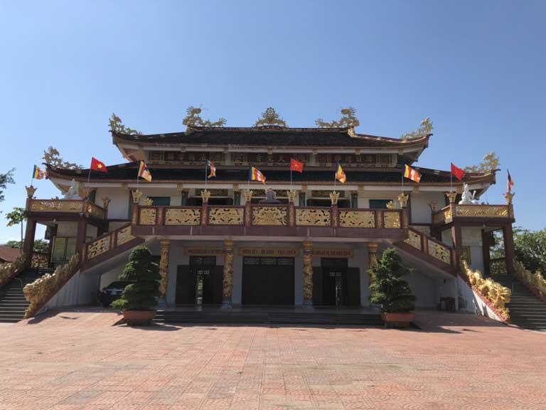 Kiến trúc bên ngoài của chùa Đại Giác Đồng Hới Quảng Bình