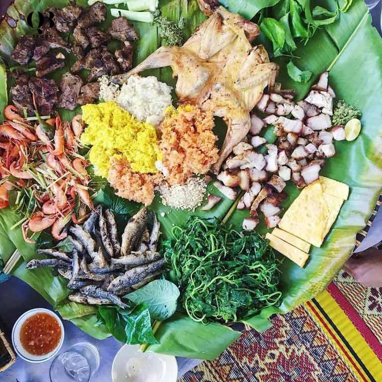 Mẹt đồ ăn dân dã tại Sông Chày - Hang Tối