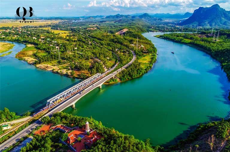 Vẻ đẹp hữu tình, thơ mộng khi đi ngược dòng sông Long Đại