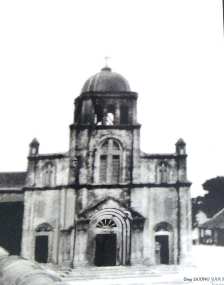 Hình ảnh Nhà thờ Tam Tòa Đồng hới trước kia