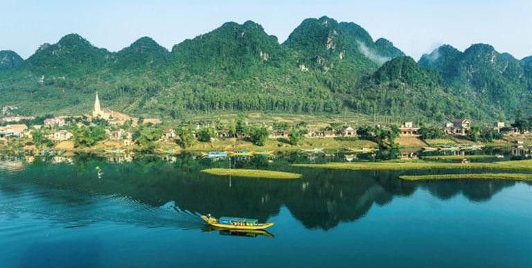 Phong Nha Kẻ Bàng - sông Chày Hang Tối tại Quảng Bình