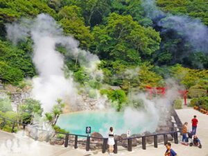 Cảnh tượng thơ mộng tại khu du lịch nước nóng Bang