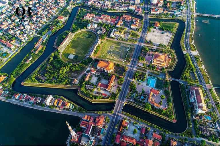 Thành cổ Đồng Hới nằm giữa lòng thành phố