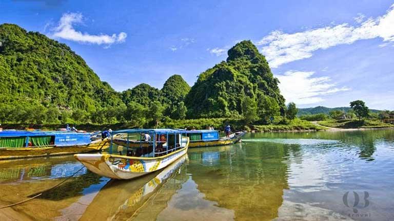 Cảnh đẹp sông nước thiên nhiên của vườn quốc gia Phong Nha trong lòng du khách