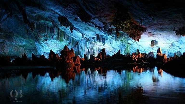 Vẻ đẹp mê ly độc đáo của hệ thống hang động Phong Nha Kẻ Bàng