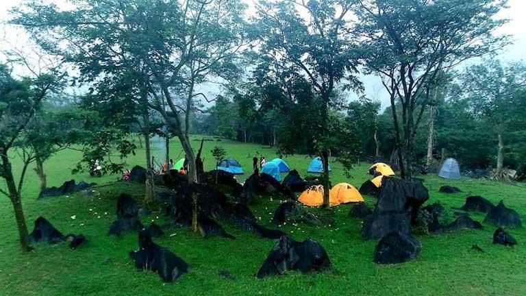 Cắm trại ẩn mình cùng với thiên nhiên