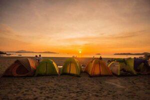 Bãi biển Nhật Lệ, địa điểm cắm trại lý tưởng ở Quảng Bình