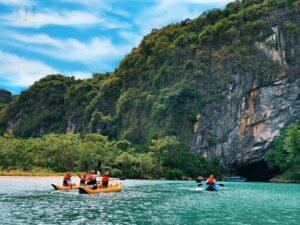 Động Phong Nha là danh thắng nổi tiếng bậc nhất tỉnh Quảng Bình