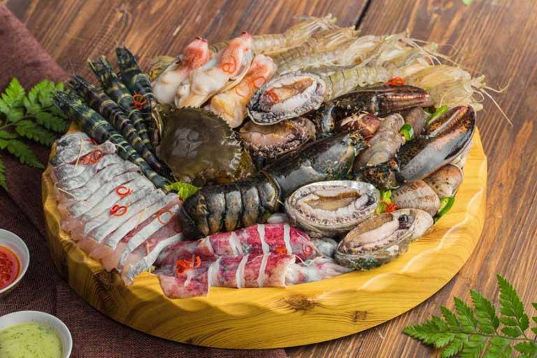 Hải sản Quảng Bình nổi tiếng vì độ tươi ngon hấp dẫn