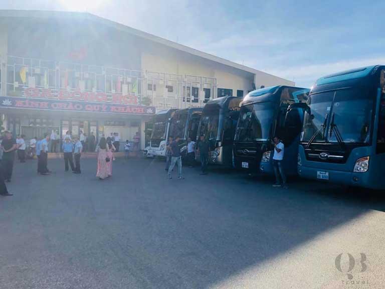 Dịch vụ thuê xe ô tô Đồng Hới Quảng Bình theo tour vô cùng tiện lợi, giá cả phải chăng
