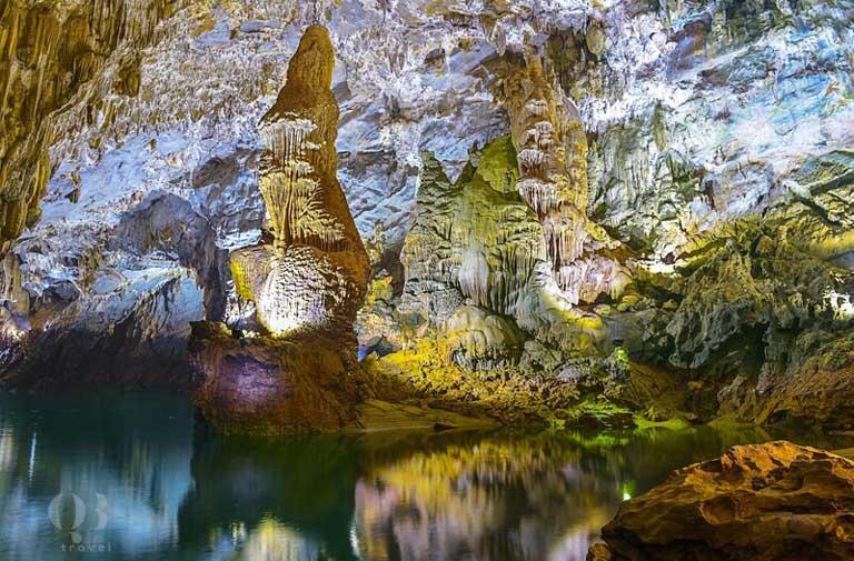 Vẻ đẹp kỳ ảo tráng lệ của những khối thạch nhũ lâu đời tại động Phong Nha - Kẻ Bàng